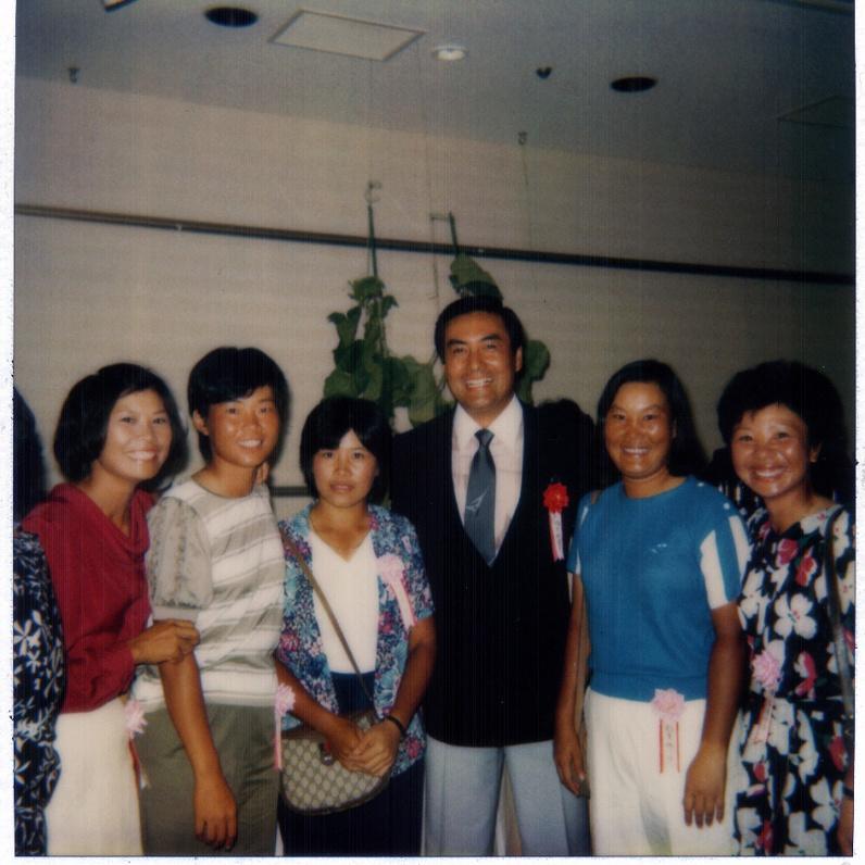 1988年與日本名演員高田